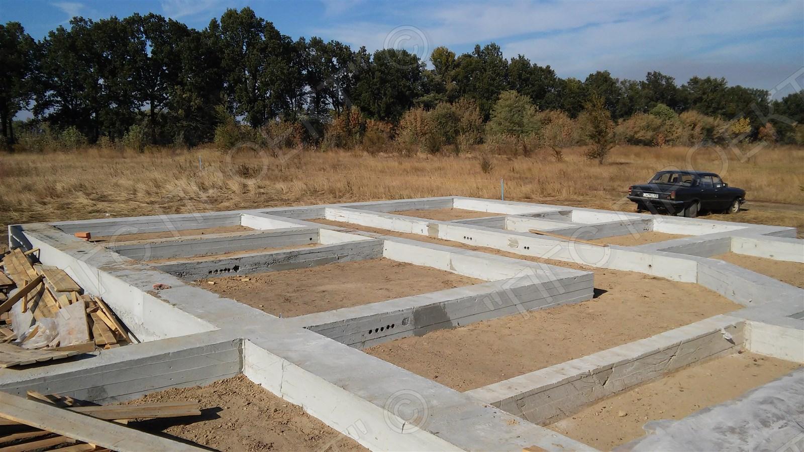 Строительство фундамента жилого дома